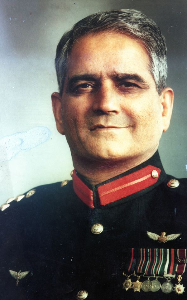 Brigadier Saleem Zia Commander SSG