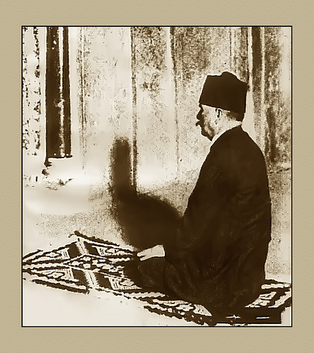 Dr Allama Iqbal praying at Cordova