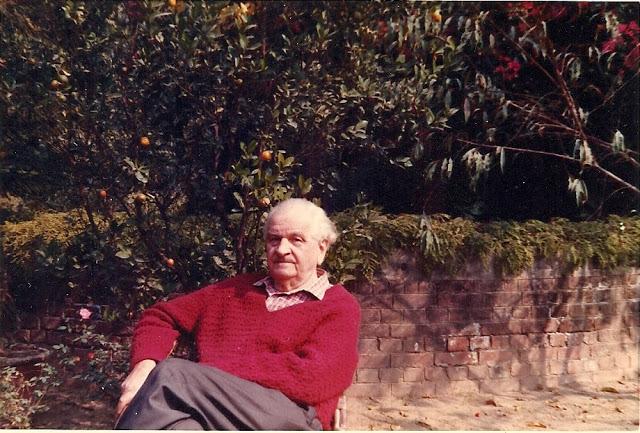 Dr Victor Egan