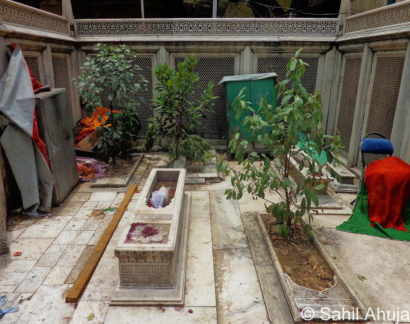 Grave of Jahan Ara