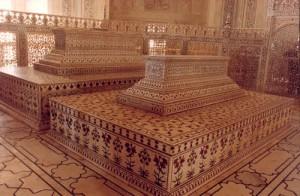Sarcophagi Taj Mahal