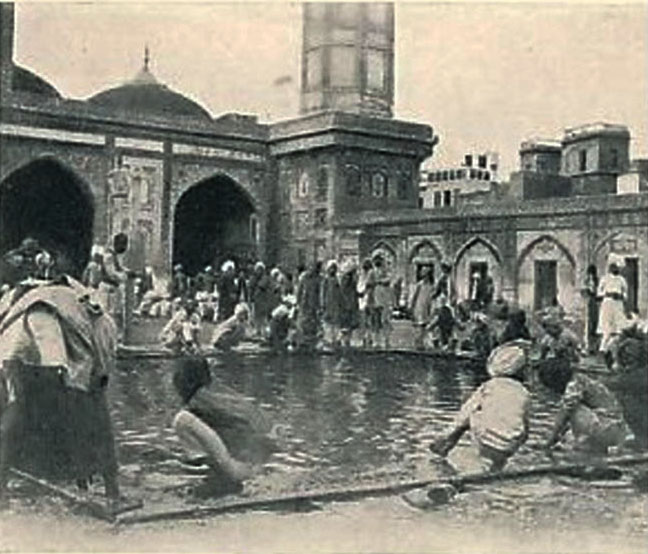 School Days at Wazeer Khan Mosque
