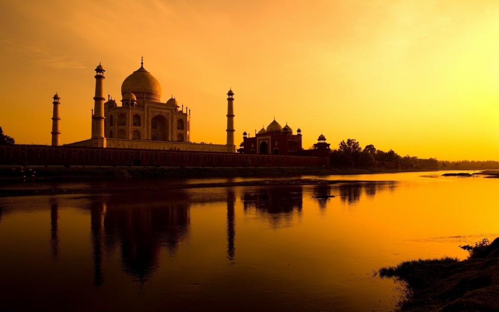 Taj Mahal in fading light