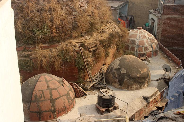 Tomb Tilangani